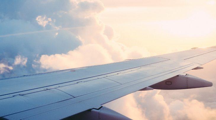 Šest způsobů, jak se starat o pleť během dlouhého letu